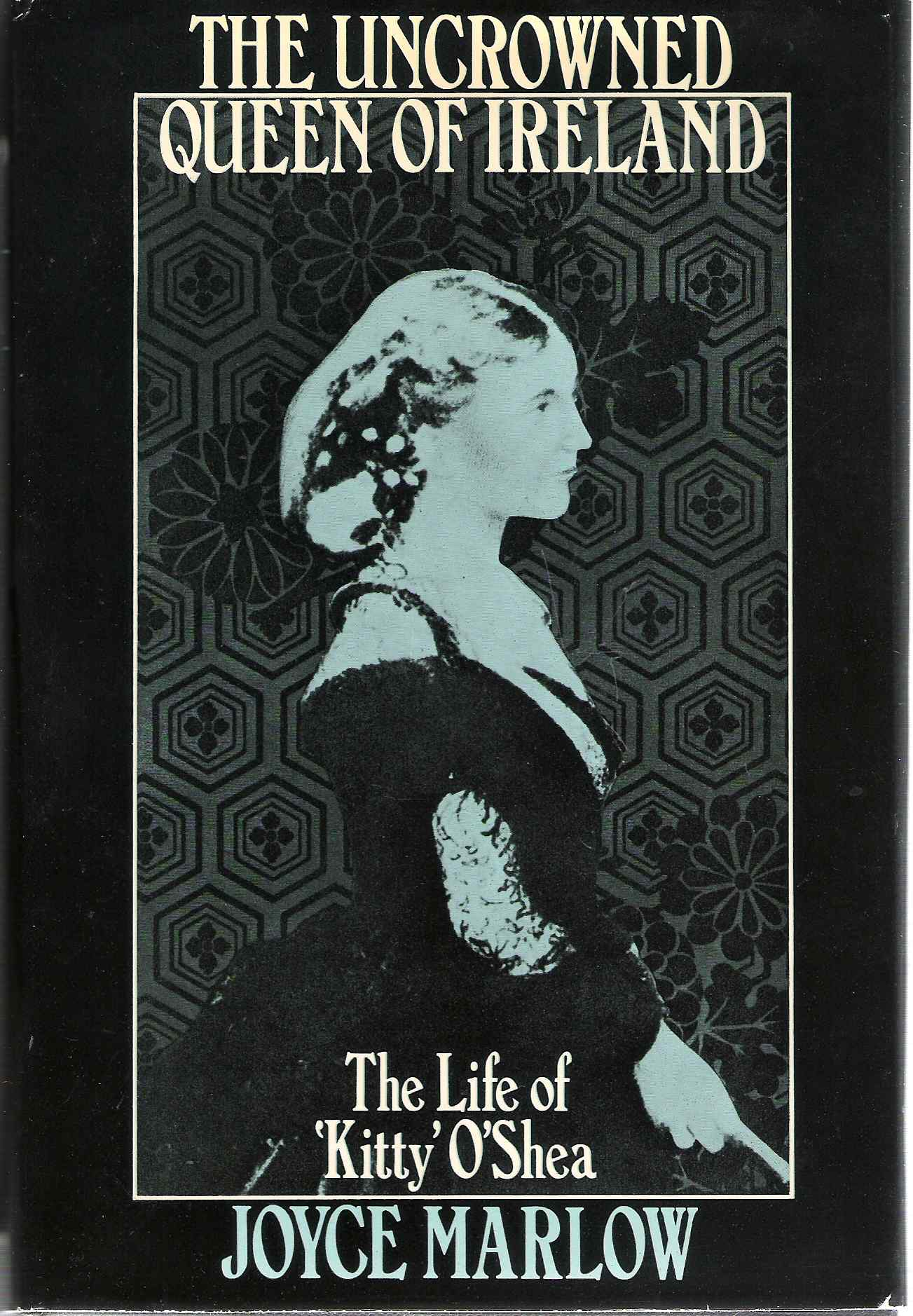 Picture of the Dust Jacket for the Queen Of Ireland